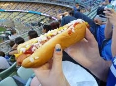 hot-dog_baseball