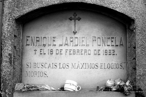 Epitafio Jardiel Poncela