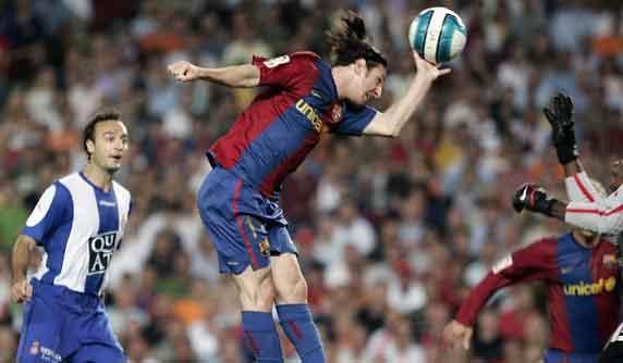 Messi Mano español